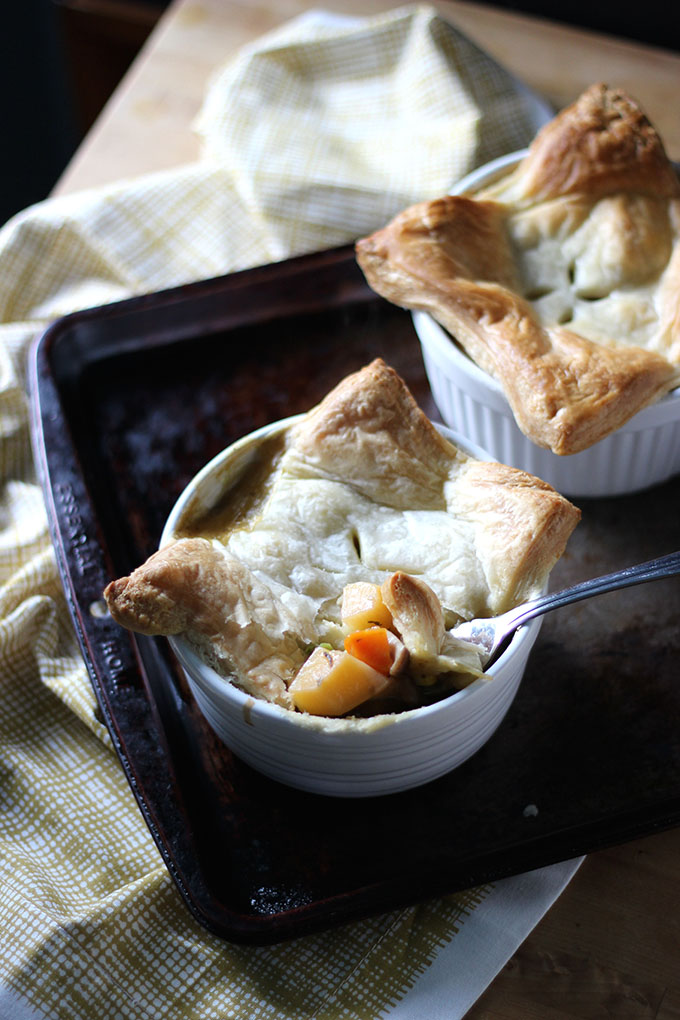 Mini Vegetarian Pot Pies | Dietitian Debbie Dishes