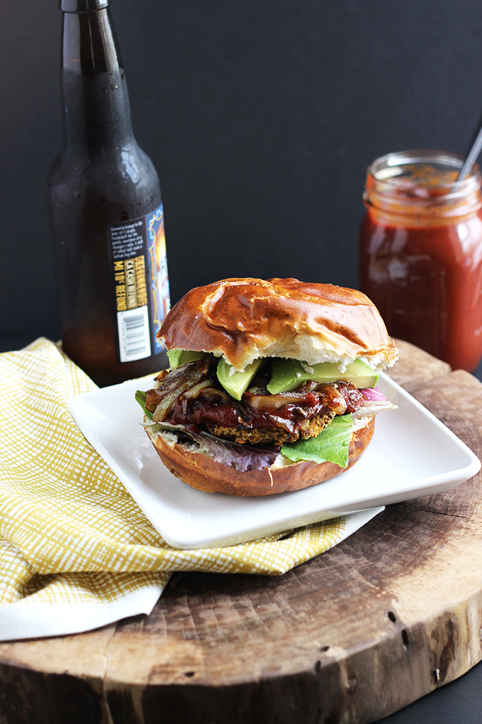 #Vegan BBQ Veggie Burger | Dietitian Debbie Dishes