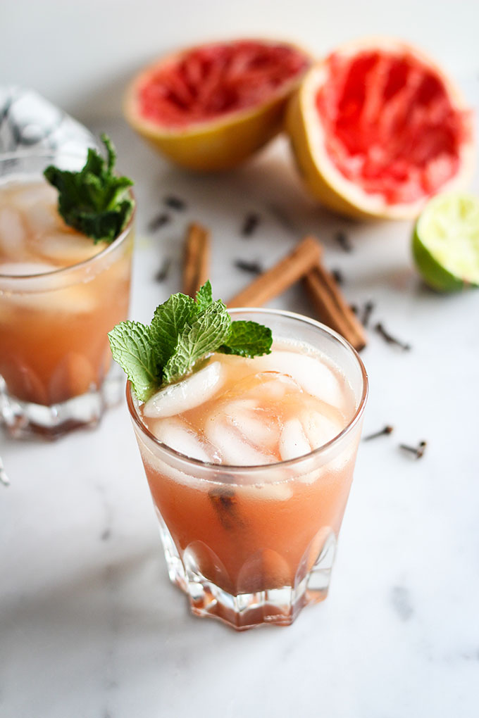 Spiced Grapefruit and Rum Cocktail 3