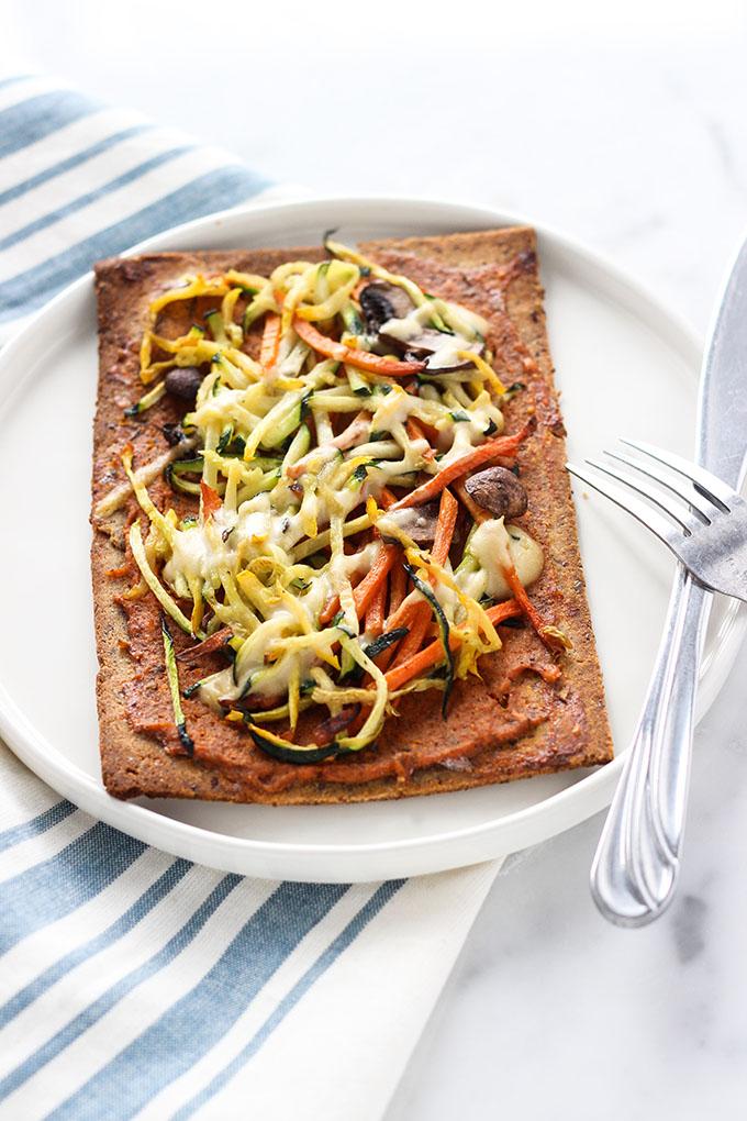 Kitchfix Vegetarian Paleo Pizza with Alfredo