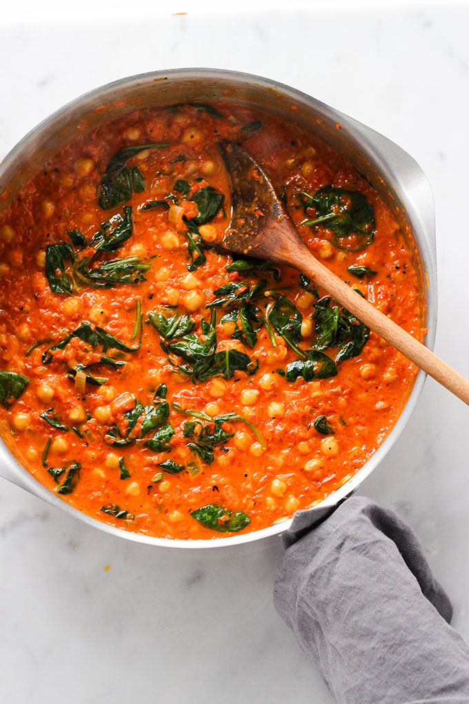 Red Pepper Chickpea Curry | Dietitian Debbie Dishes