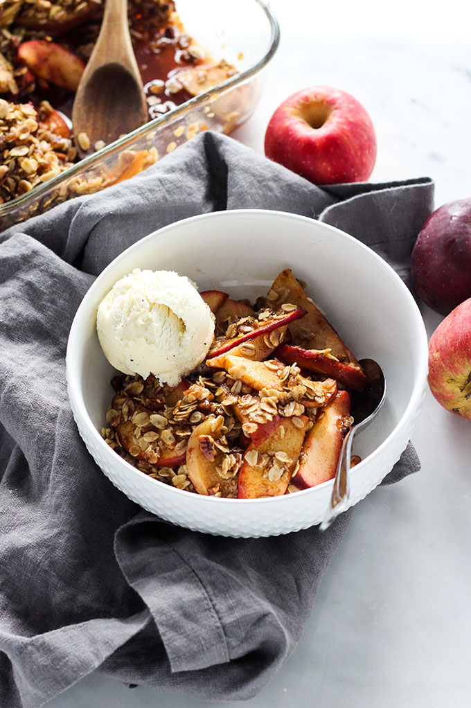Vegan Bourbon Apple Crisp