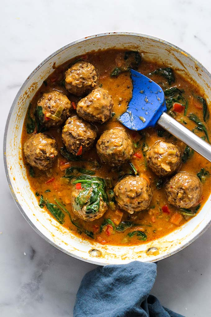 Lentil Meatballs with Curry Sauce   Vegetarian