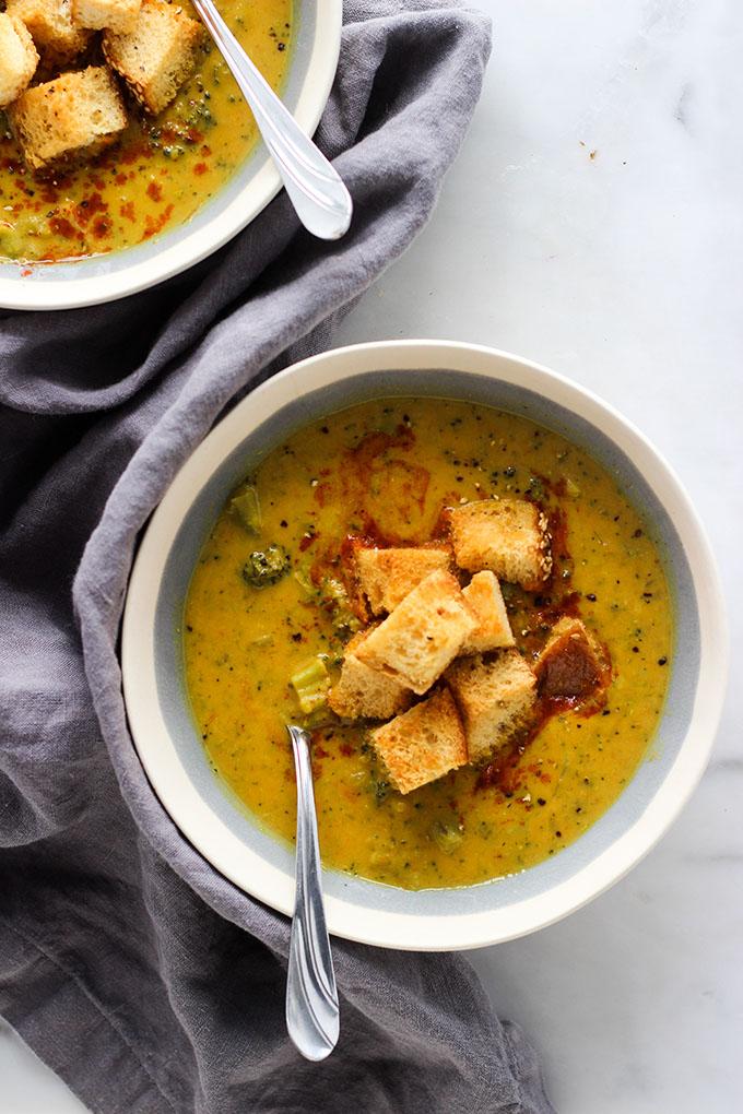 Vegan Cheddar Broccoli Soup 2