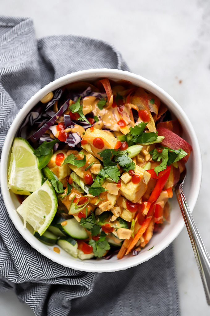 Soba Noodles with Peanut Sauce   No more sad desk lunches for you! #Healthy #MealPrep